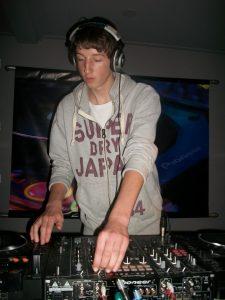 DJ School Spinners (35)